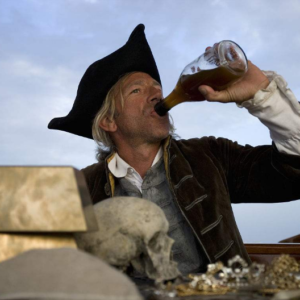 what alcohol did pirates drink